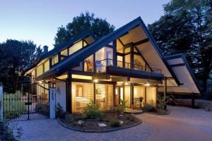 Haus mit vielen Fenstern